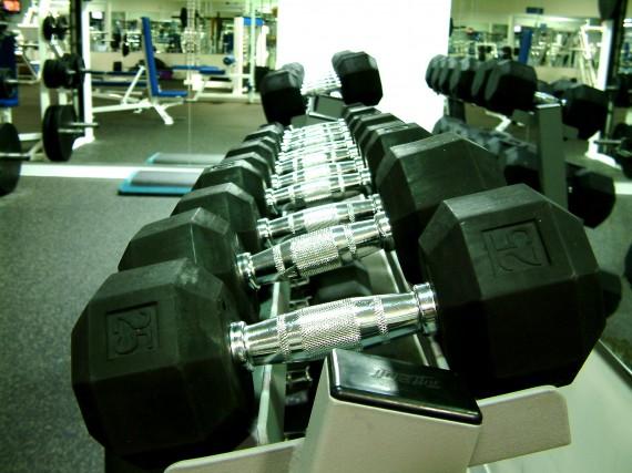 Införliva Korta Steroid Kurer in ett styrketräningsprogram